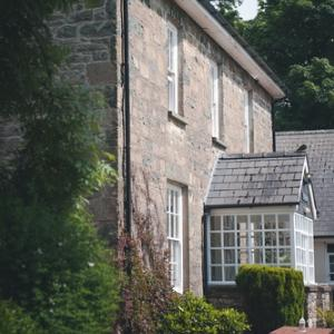Gellifawr Hotel & Cottages