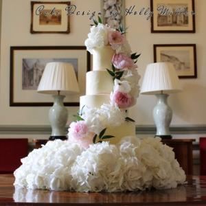 Cake Design by Holly Miller