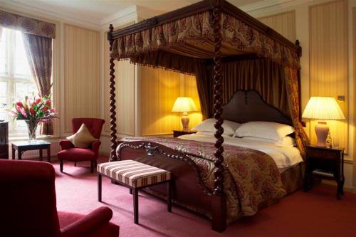 Guest Accommodation - Tylney Hall Hotel Ltd