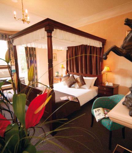Guest Accommodation - Ramada Hotel & Resort Kidderminster