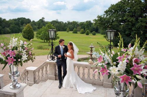 BIJOU WEDDING VENUES - Botleys Mansion and Cain Manor
