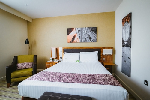 Guest Accommodation - Holiday Inn Winchester