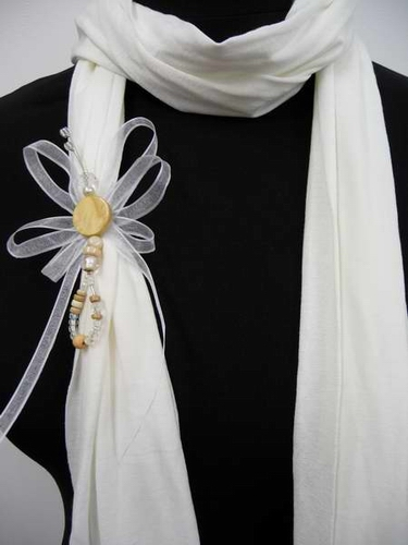 Spanish handmade pendant scarves