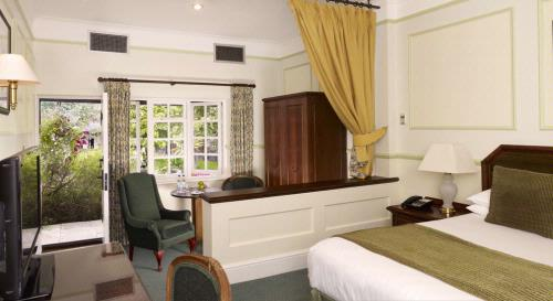 Guest Accommodation - Marygreen Manor Hotel