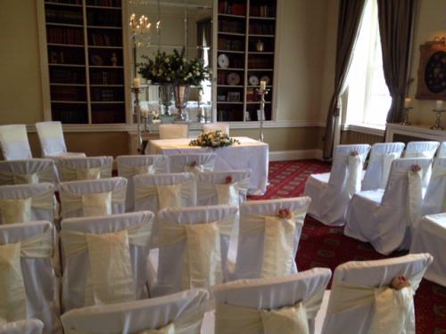 Chair Covers - Pollen4hire