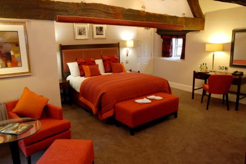 Guest Accommodation - Oxford Thames Four Pillars Hotel