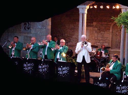 Phil Dando Big Band & Singers