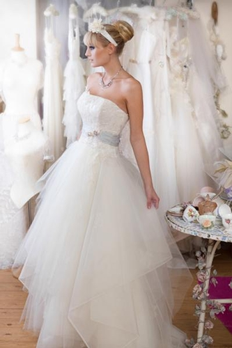 Wedding Dresses - Heritage Brides