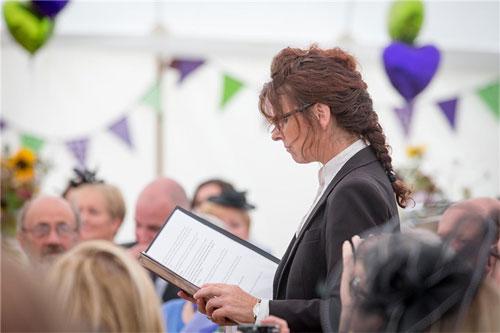 Lynda Williams (Wedding Celebrant)