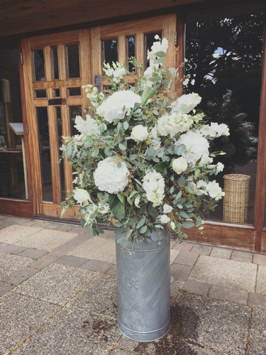 Centrepieces - The Daisy Chain and Occasions Ltd