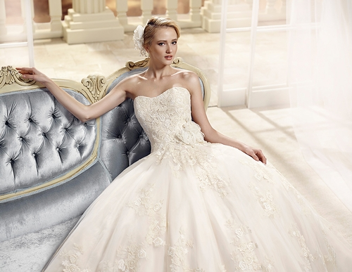 Wedding Dresses - Magic Moments
