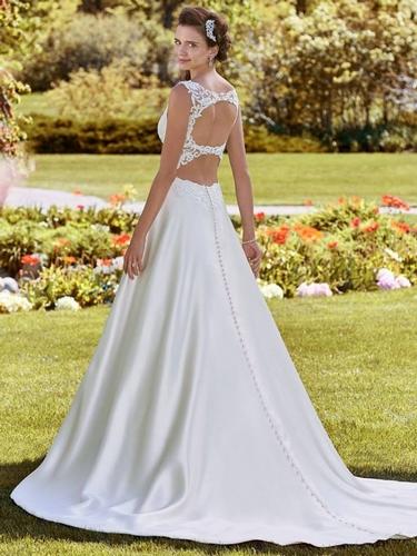 Tiaras & Fascinators - Boutique Brides Ltd