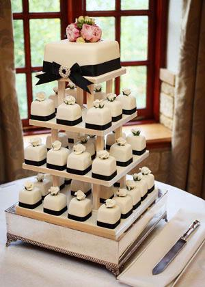 Cakes - Celebration Cakes by Catherine Scott