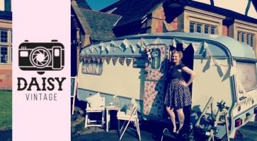 Daisy Vintage Caravan