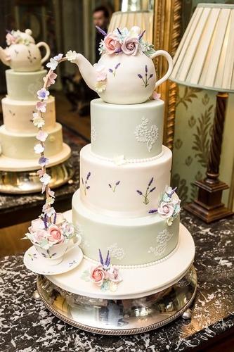 Cakes - Peony Rose Cakes