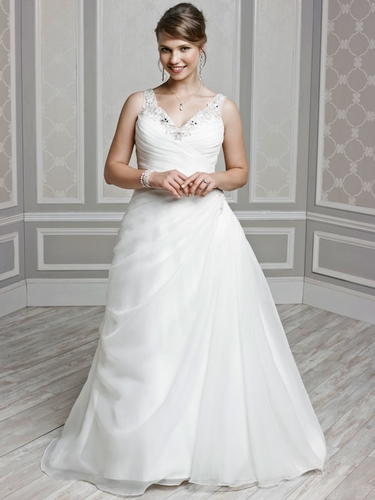 Wedding Dresses - Brides with Curves
