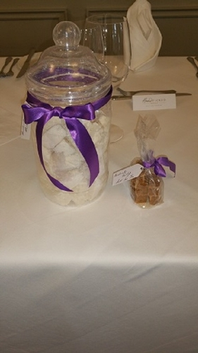 Favours - Lake Thomas Cakes