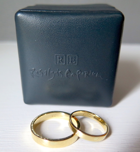 Wedding & Engagement Rings - Rosalyn's Emporium