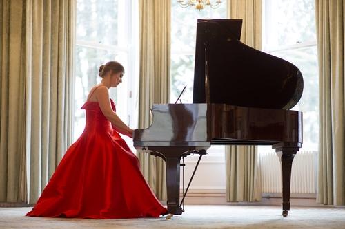 The Wedding Pianist