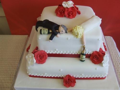 Cakes - Simply Sue-Perb Cakes