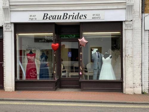 Beau Brides