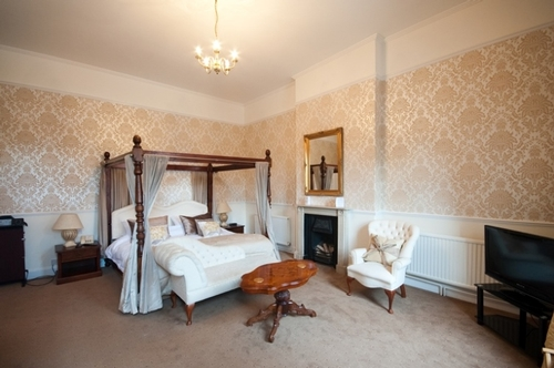 Guest Accommodation - The Mill House Restaurant and Hotel