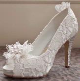 Curves & Couture Bridal Boutique