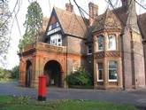 Wardown House Museum and Gallery